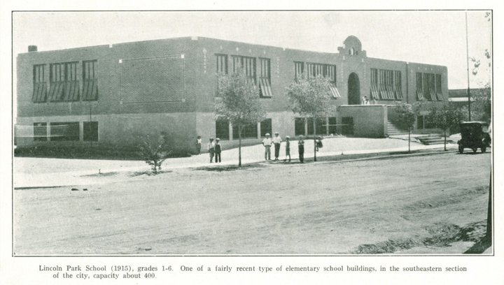 Lincoln Park School 1915